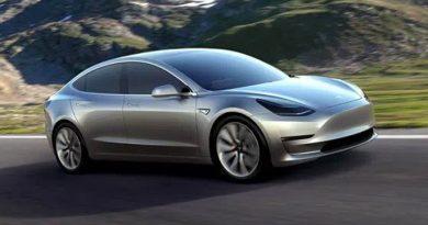 Tesla-Vitessiz-Araba-Yapti